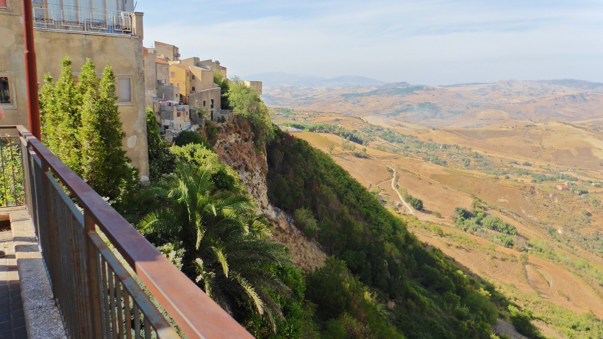 How To Get Around Sicily Without A Car